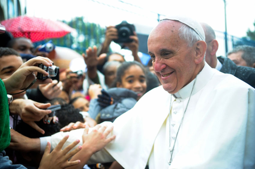 Pope Francis has previously backed government officials who want to deny gay couples marriage licenses