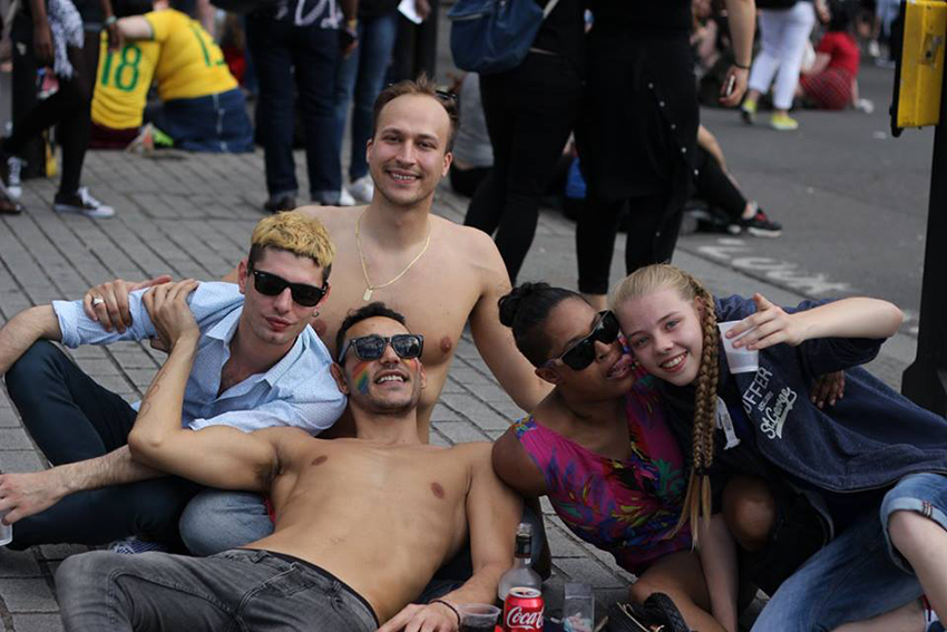 Straight students report greater sexual satisfaction (Photo: Facebook)