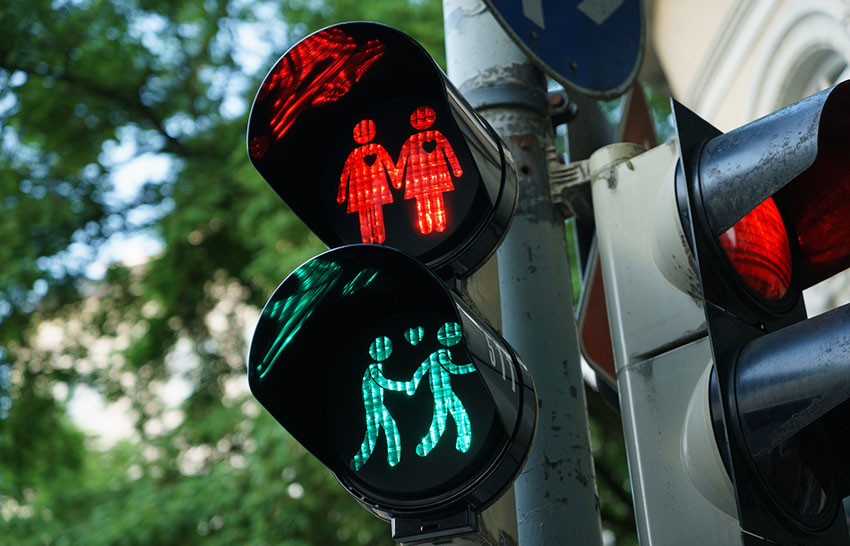 Gay traffic lights are being installed in Utrecht