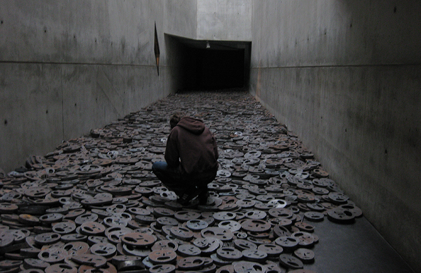 Shalechet, an installation in Berlin's Jewish Museum, aims to give a voice to the Holocaust's victims.