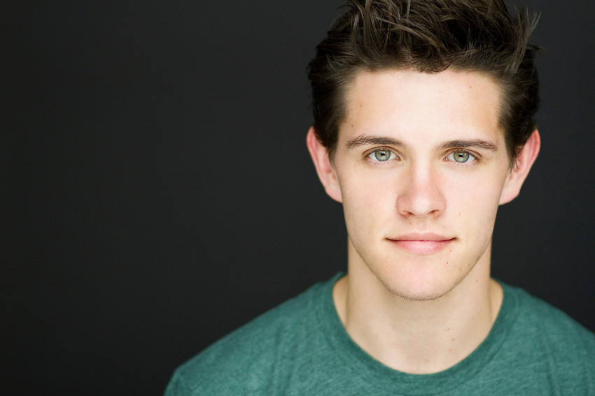 Casey Cott plays first gay character in the Archie universe.