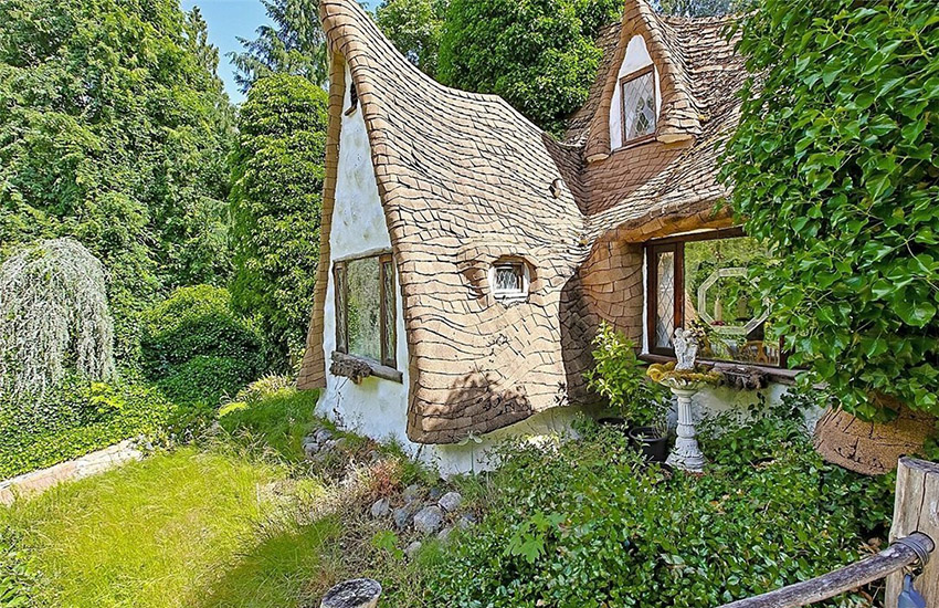 Magical: the cottage looks like something straight out of a Disney film.
