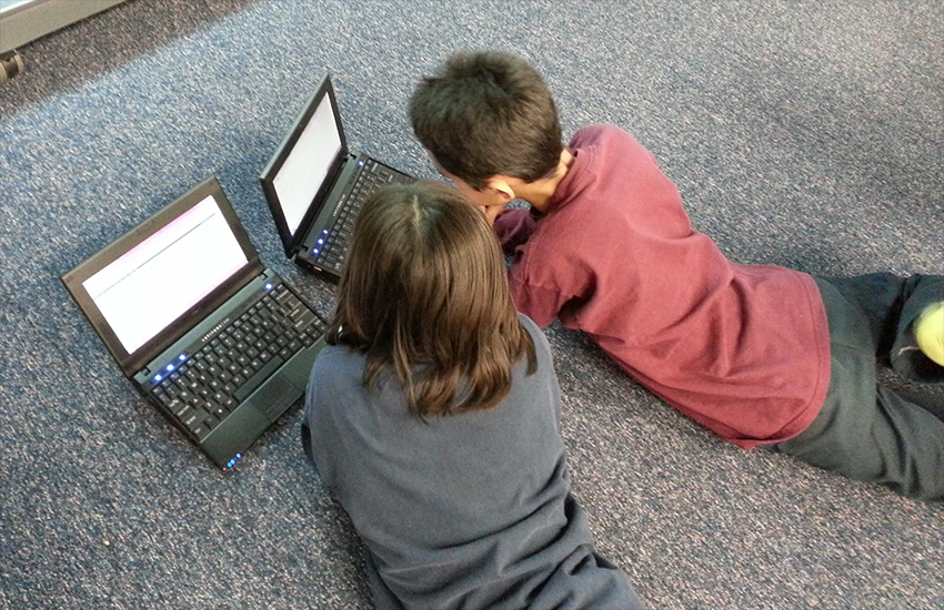 KIds can find valuable support on the internet - but can also expose themselves to danger