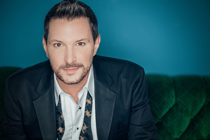 Country music star Ty Herndon.