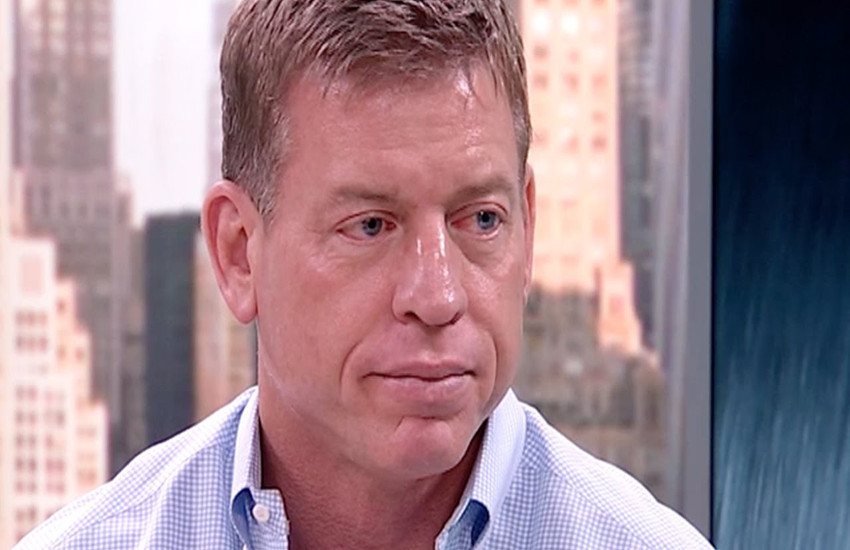 Troy Aikman led the Dallas Cowboys to three Super Bowl victories.
