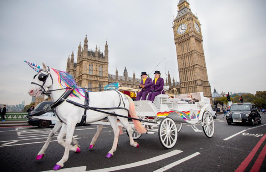 Commuters in London can board unicorn-drawn cabs for their commute