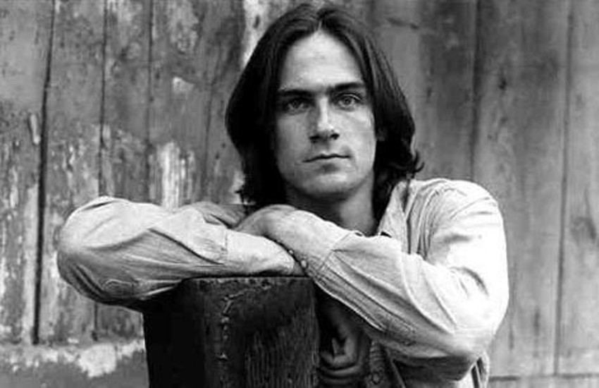 James Taylor was married to Carly Simon from 1972 until 1983. He is the father of her two children.