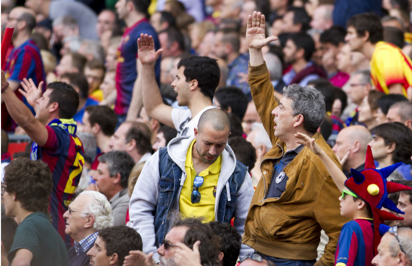 Soccer crowd Barcelona 2014 homophobic abuse