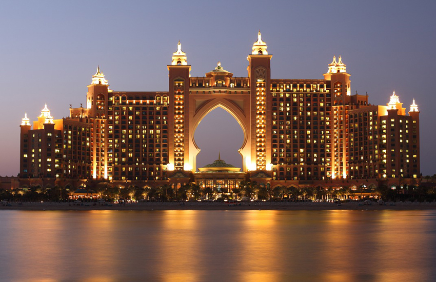 Atlantis, The Palm in Dubai has 1,539 rooms and 23 dining options