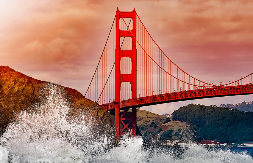 We considered a less cliched pic, but couldn't help ourselves – the Golden Gate Bridge is everything