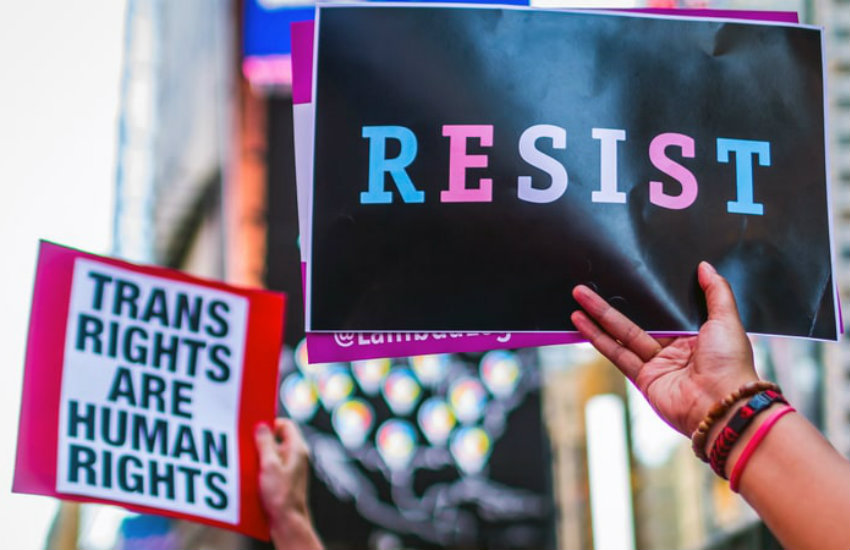 Daughter of US cabinet joins critics of the trans ban