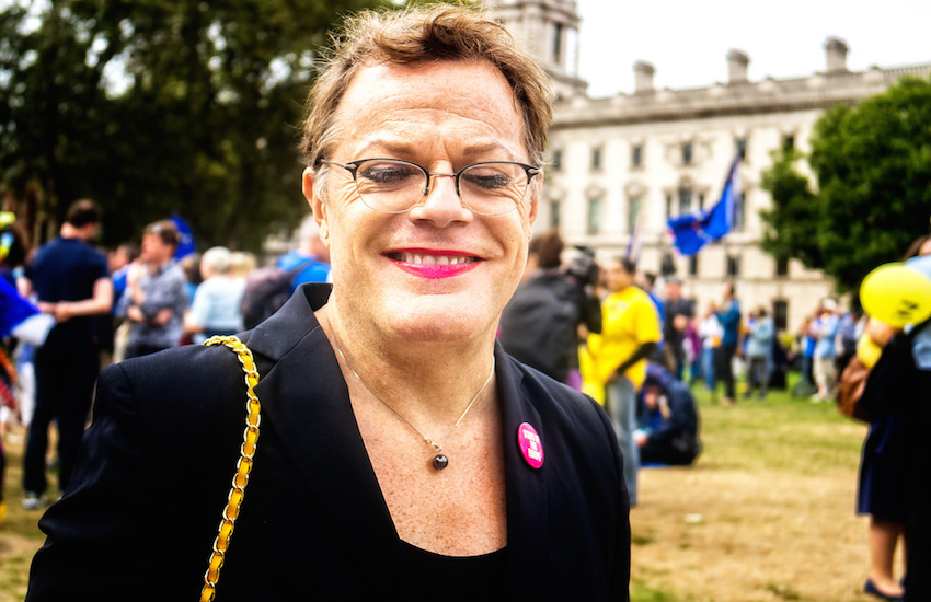 is eddie izzard trans