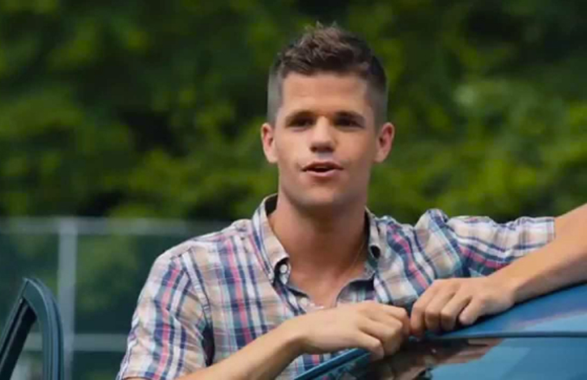 Charlie Carver in The Leftovers