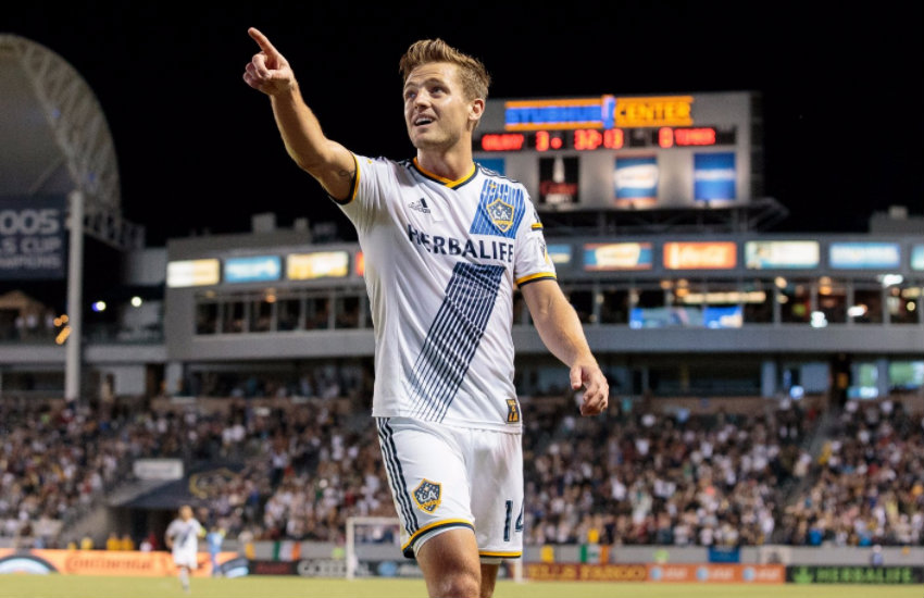 Robbie Rogers playing for the Galaxy