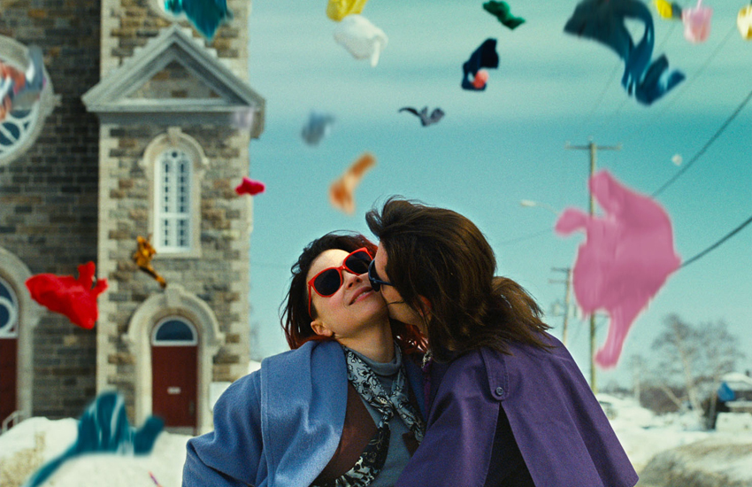 A still from the film Laurence Anyways, showing the two main characters