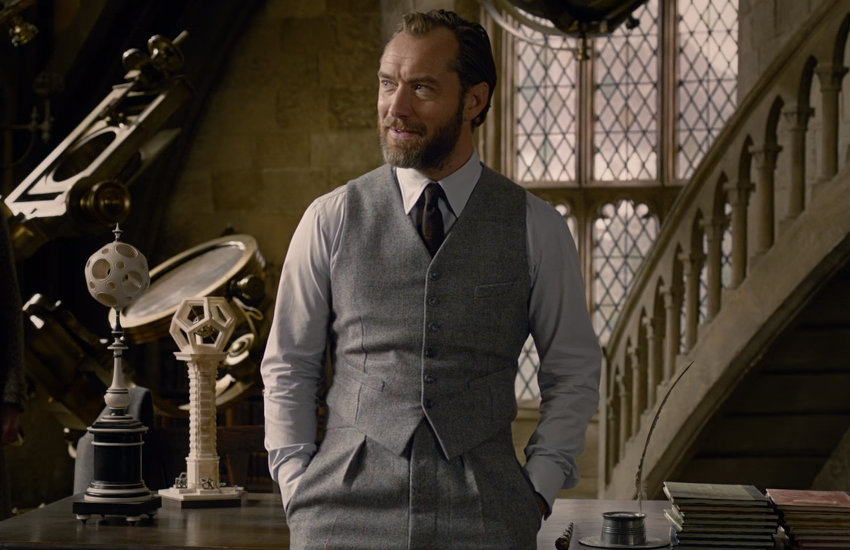 Jude Law as a young Dumbledore in Fantastic Beasts
