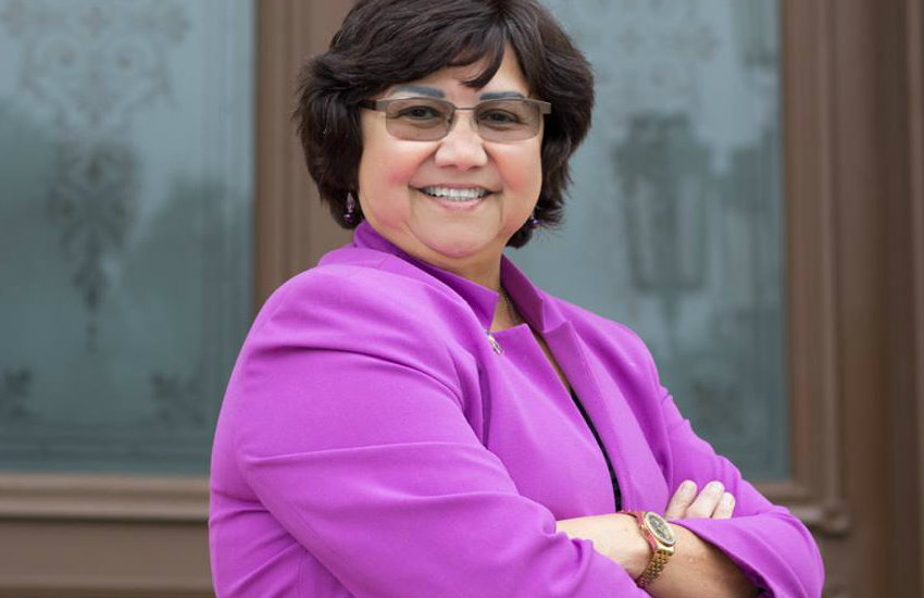 Lupe Valdez, a lesbian woc running in Texas