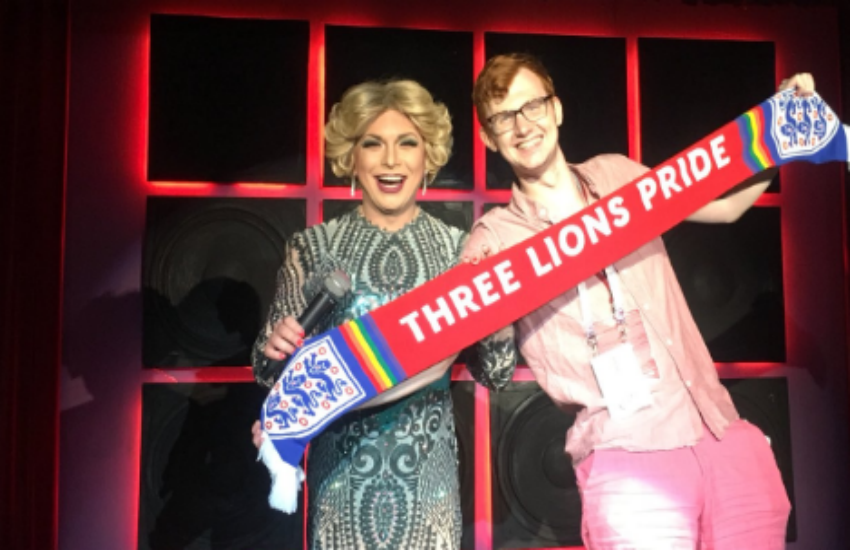 Joe White and a drag queen at a Russian gay bar (Photo: Twitter)