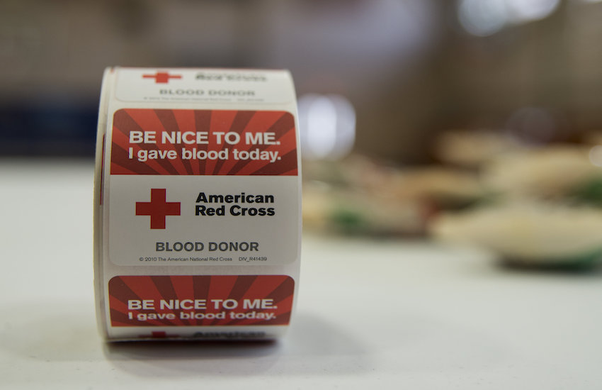 2020 candidates call on a blood donation reform