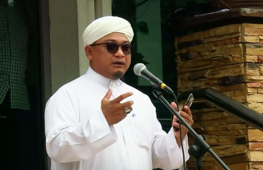 Nasrudin Hassan, from Islamist party PAS