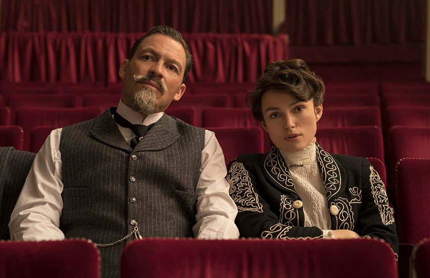 Keira Knightley and Dominic West in Colette
