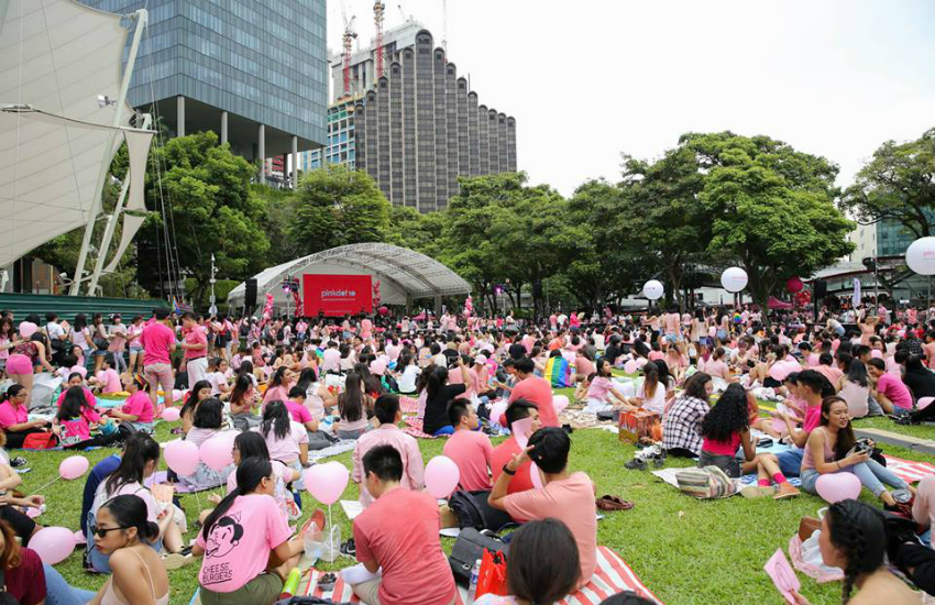 Singapore residents attend the city's largest LGBTI event, Pink Dot (Photo: Facebook)