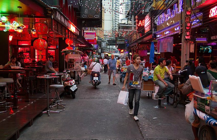 Bangkok is known for its LGBTI-friendly nightlife (Photo: Wikipedia)
