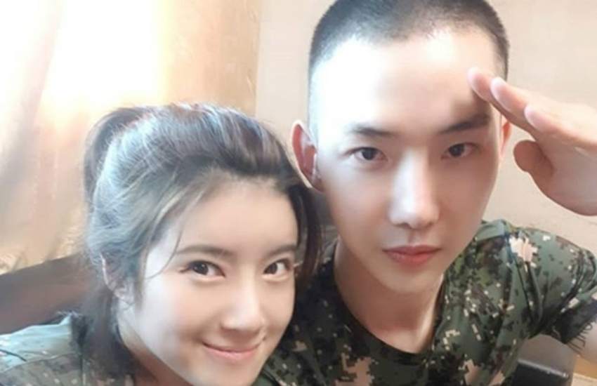 Jo Kwon (right) is currently doing mandatory military service (Photo: Instagram)