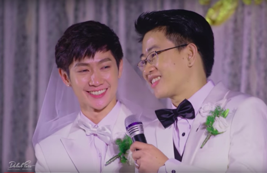 Two Thai men hold a wedding ceremony in Thailand (Photo: YouTube)