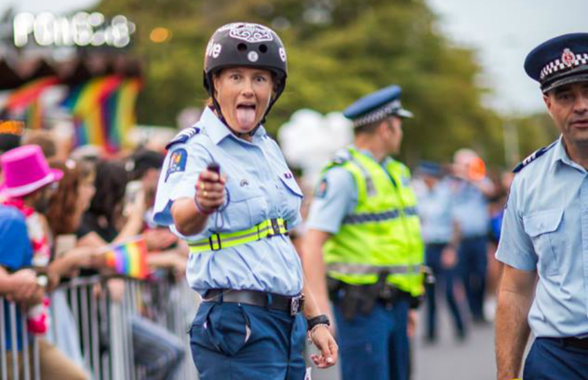 A police officer attends Auckland Pride 2018 (Photo: Facebook)