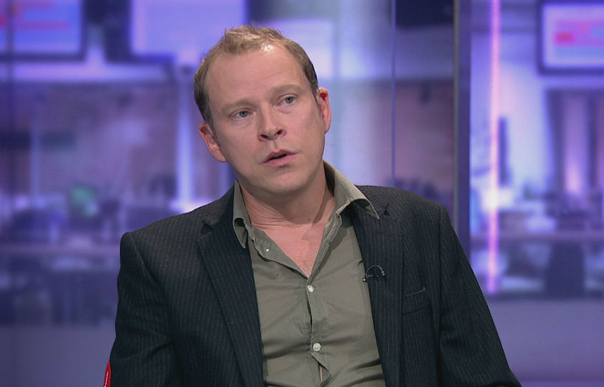 Robert Webb causes controversy when discussing trans charity Mermaids | Photo: Channel 4