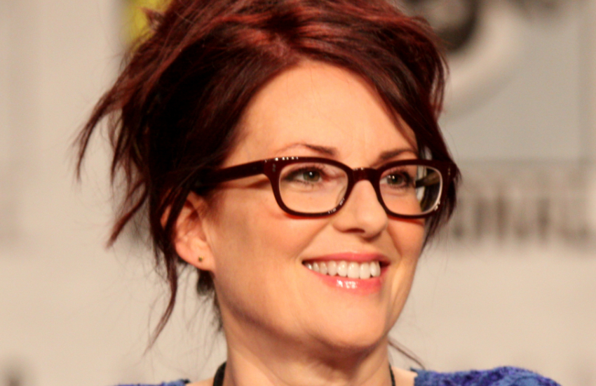 Megan Mullally plays Karen in Will & Grace