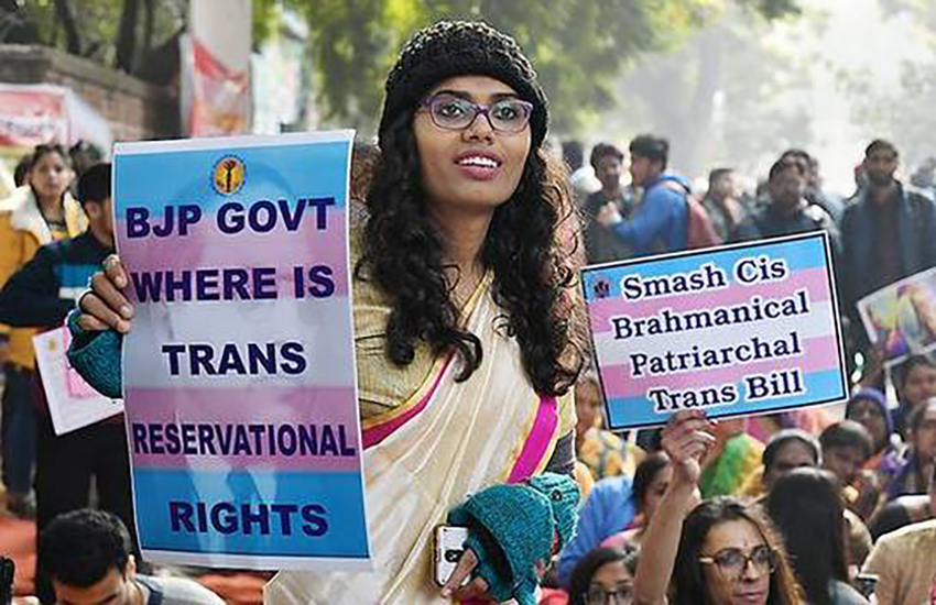 Protesters gather to condemn India's trans bill (Photo: Twitter)