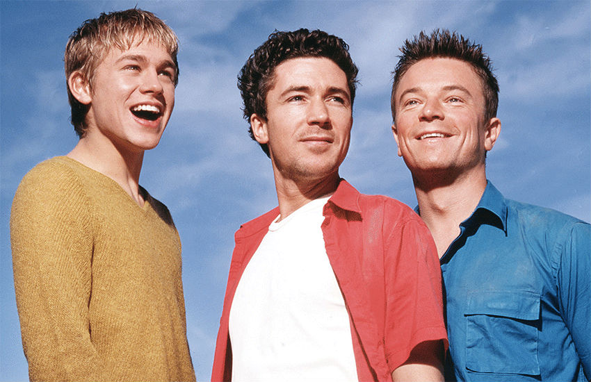 Charlie Hunnam, Aidan Gillen and Craig Kelly in Queer as Folk in 2000 | Photo: Channel 4