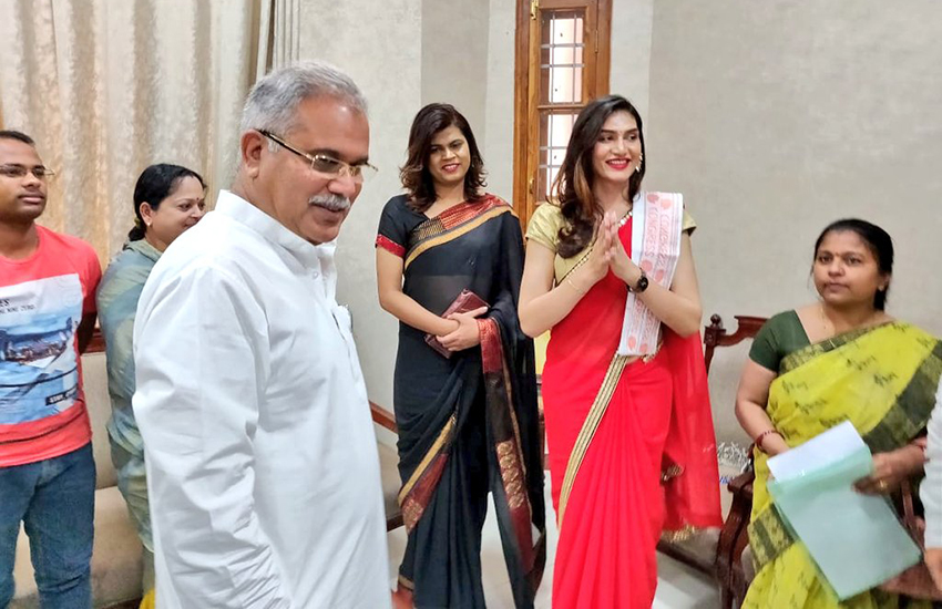 Veena Sendra joins the Indian National Congress party (Photo: Twitter)