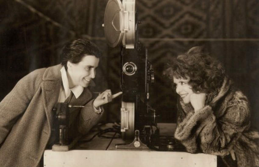 Dorothy Arzner (L) with actress Clara Bow on the set of The Wild Party.