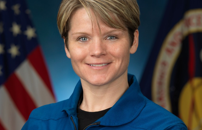 Anne McClain in her official NASA portrait
