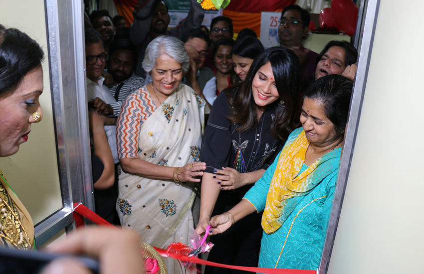 Bollywood actress Richa Chadha opens India's first LGBTI health center (Photo: Twitter)