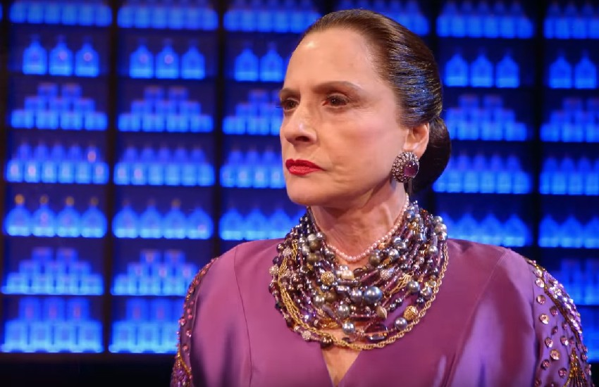 Patti LuPone in the musical War Paint