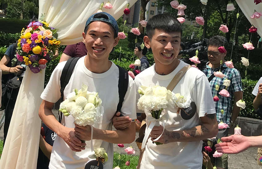 A same-sex couple in Taiwan celebrate their marriage in the capita Taipei (Photo: Provided)