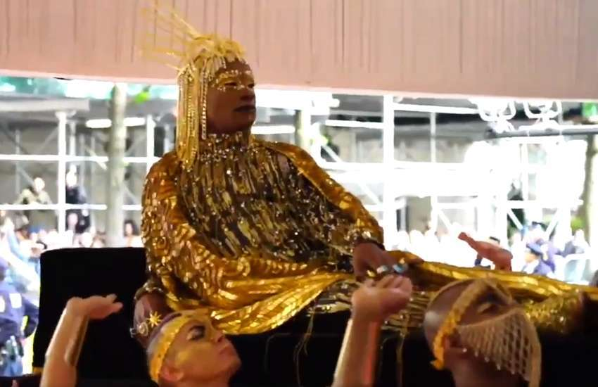 Billy Porter arriving at the Met Gala