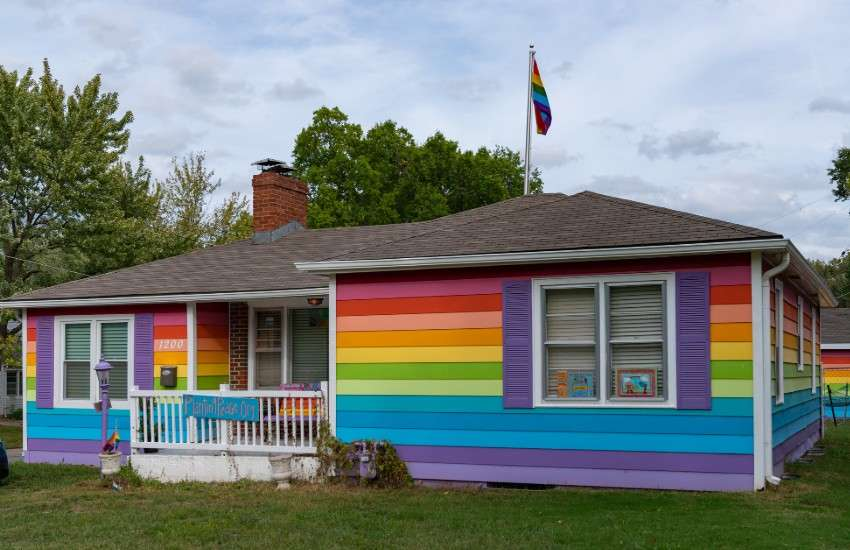 A rainbow home in Kansas