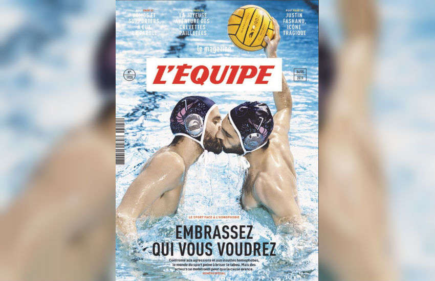 Two water polo players kissing on the front cover of L'Equipe.