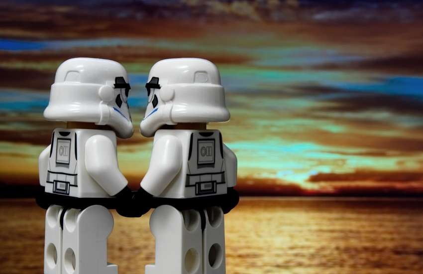 Storm Trooper Lego figurines hold hands, showing that the LGBTI Star Wars fandom is strong