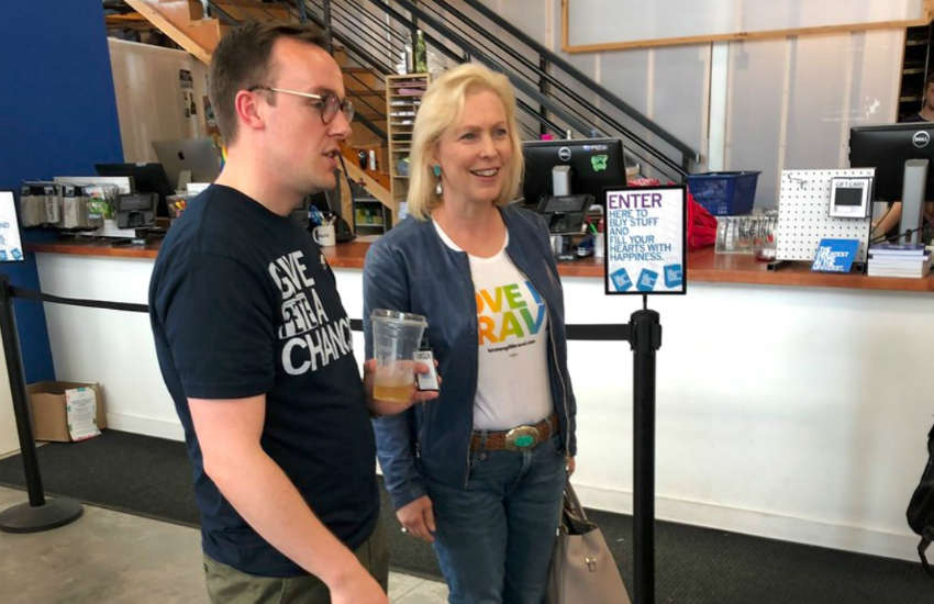 Kirsten Gillibrand and Chasten Buttigeig shopping in Iowa
