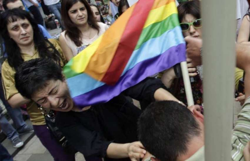 Anti-LGBTI protesters get violent at a IDAHOBIT day Tbilisi