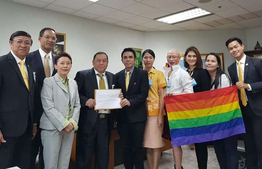 Transgender rights activists present their proposed law to politicians in Thailand (Photo: Facebook)