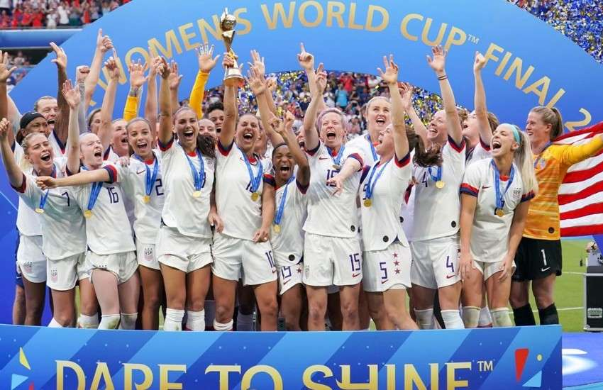 Megan Rapinoe and the USWNT celebrating their World Cup win