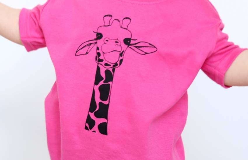 This pink t-shirt was apparently inappropriate for a little boy. | Photo: Fred & Noah